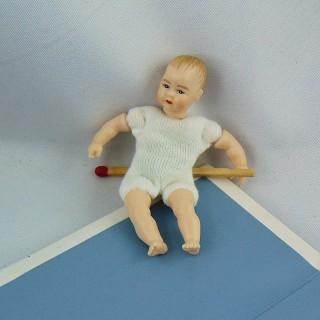 Poupée bébé miniature maison 1/12eme Heidi ott 6 cm
