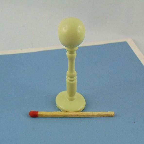 Présentoir Chapeau miniature maison poupée 6 cm