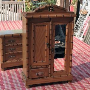 Miniature Painted wood Cupboard miniature 1/12