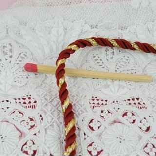 Twisted red and gold cord, braid 3 mms.