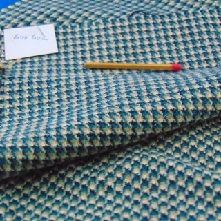 60 x 40 cm wool fabric coupon