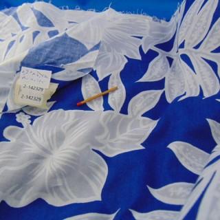 Tissu coton de Tahiti à fleurs 90 cm de large