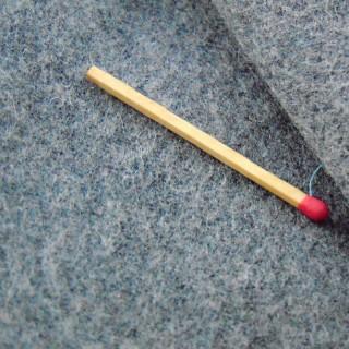 Cupón de tela de lana de 150 x 140cm