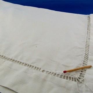 Antiguo cupón de carrera mixta bordado 70x75 cm