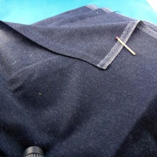 Tissu en laine épaisse et douce160 cm au mètre