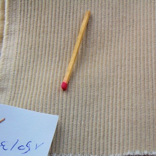 Cupón de terciopelo de algodón mil rayos por metro