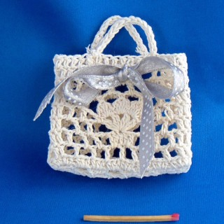 Fabric purse miniature 6 cms for doll