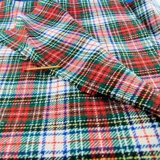 Coupon en laine à carreaux  écossais 52x58cm