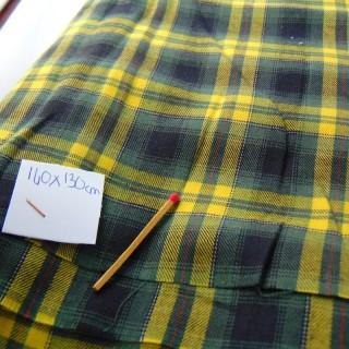 Coupon en laine écossais à carreaux 140 x 130 cm