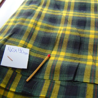 Scottish checked wool coupon 140 x 130 cm