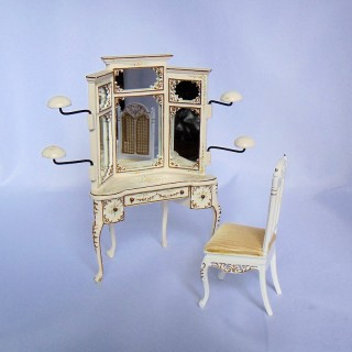 Chapelier:Présentoir miniature pour chapeau, avec fauteuil.