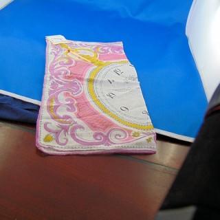 Handkerchief coupon shows cotton gusset 27 x 27 cm