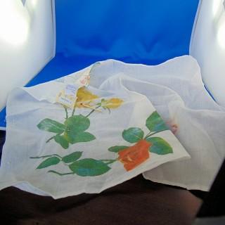 Cupón de algodón fino estampado flores grandes 49x40 cm