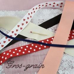 Grosgrain ribbon.