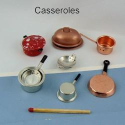 Cacerolas, potes, estufas miniatura casero