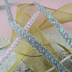 Golden, silvery ribbon