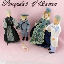 Personnages poupées