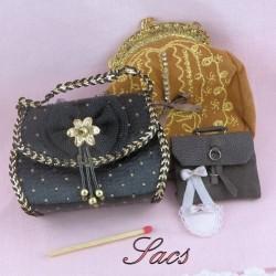 Bag, purse.