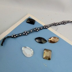 Stones and decorations to sew